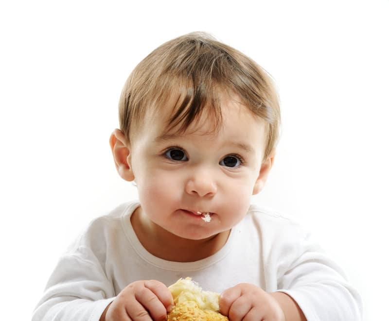 Захранване с твърди храни