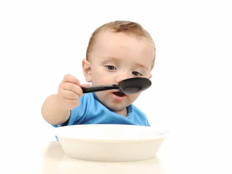 Хранене на бебето след 12-ти месец