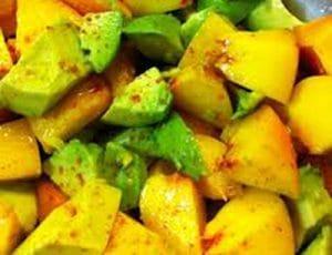 Прасковено авокадо
