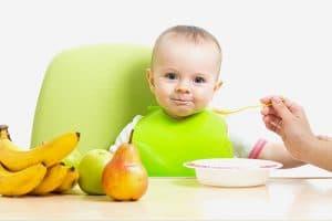 Ръководство за хранене на бебето до 12 месец - хранене от 6 до 8 месеца