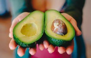8 най-добри храни за стимулиране на имунната система - авокадо