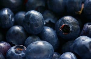 8 най-добри храни за стимулиране на имунната система - боровинки