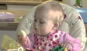 Колко трябва да яде бебе на 10 - 12 месеца?