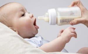 Колко трябва да яде бебето - Адаптирано мляко