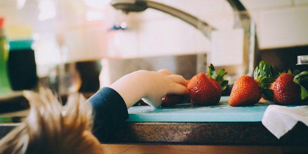 Въвеждане на ягоди на бебе